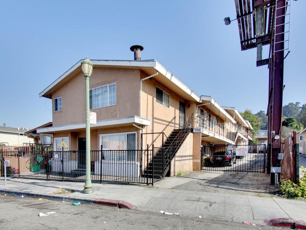 7708 MacArthur Blvd. Oakland, CA 94605