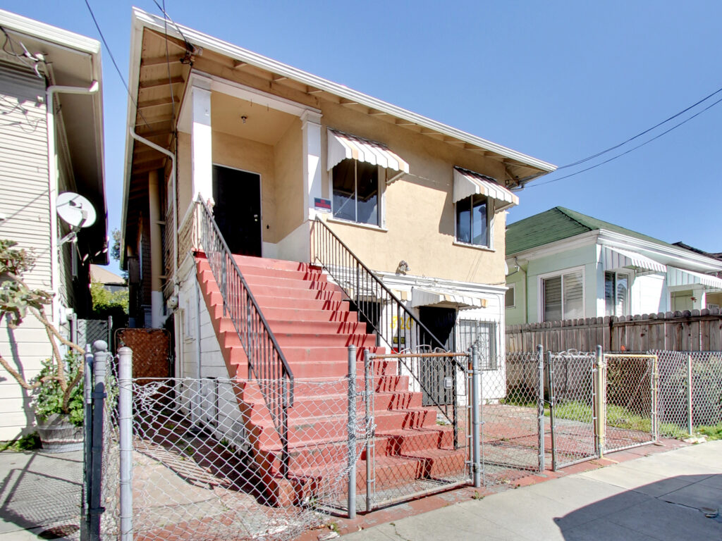 820 Athens Avenue Oakland